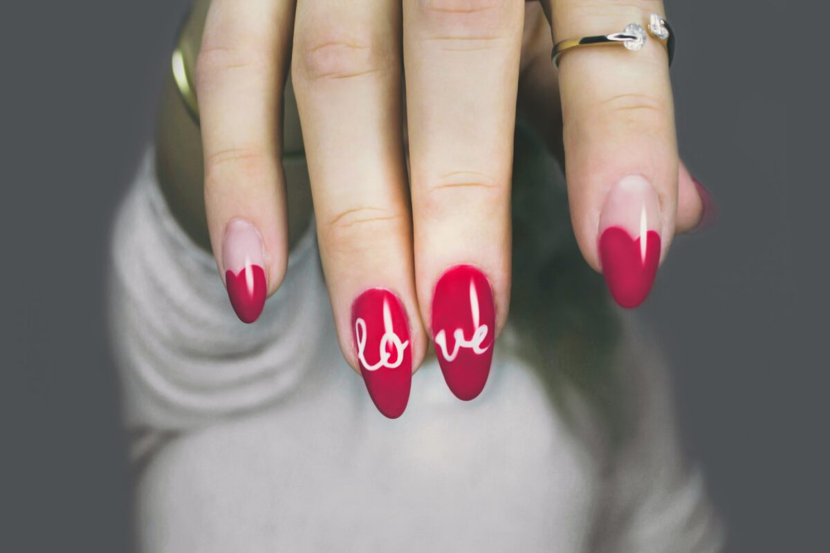 love your acyrlic nails for longer